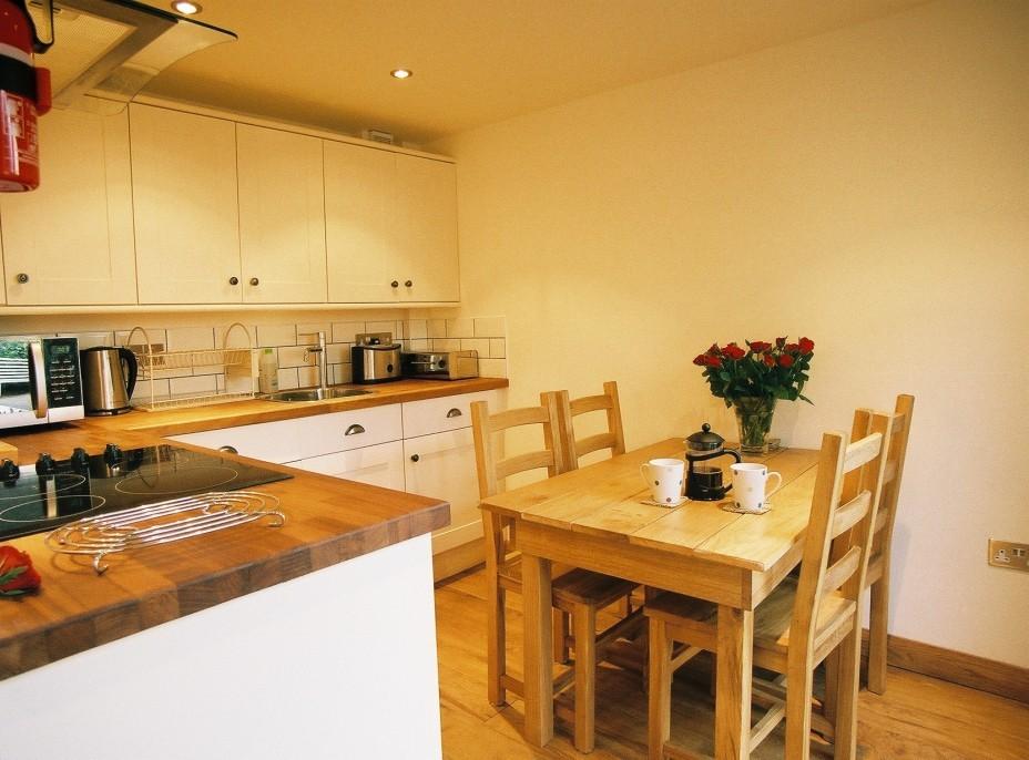 Kitchen Pippin or Medlar (1)